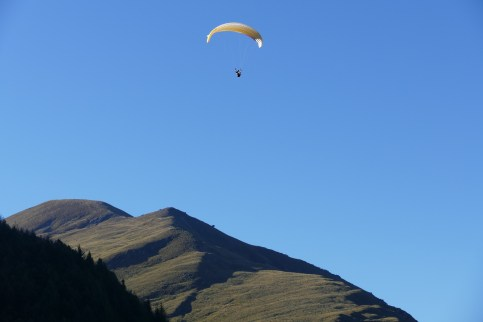 Parasailing at Queenstown