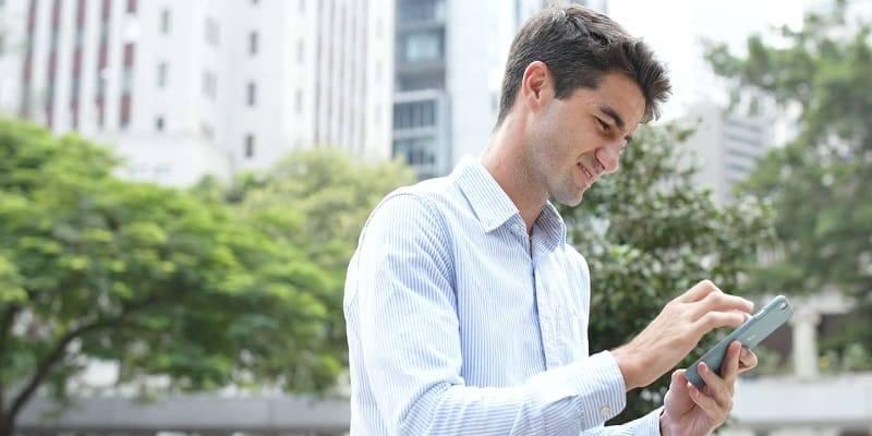 Телефон арқылы жеделхат беру керек: мүмкін жолдар