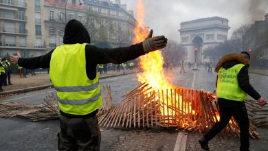 الحكومة الفرنسية ترضخ لمطالب المحتجين وتعلّق زيادة الضريبة على الوقود 6