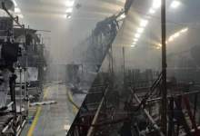 الوالي مهيدية يتفقد المصنع الذي احترق بالمنطقة الصناعية 8