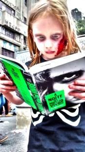mob_ZombieWalk_000