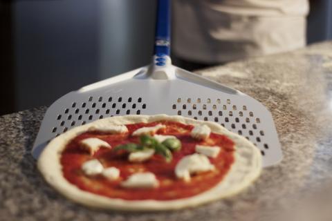 Gi Metal AZZURRA - SHORT Square, Aluminium, Rectangular, Perforated Pizza Peel 33cm / 96cm