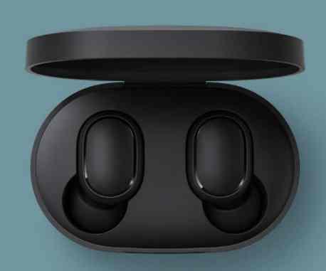 Xiaomi Redmi AirDots im Ladecase