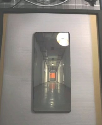 Ny bild publiceras på Huawei Mate 20 Pro tillsammans med specifikationer