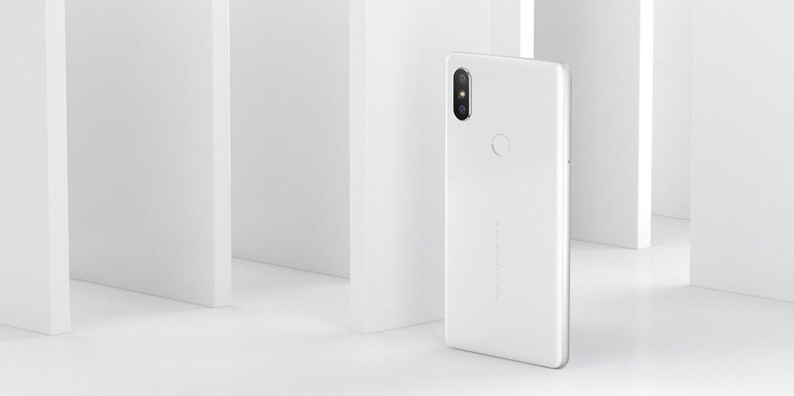 Specifikationerna för Xiaomi Pocophone F1 dyker upp på nätet, har vätskekylning