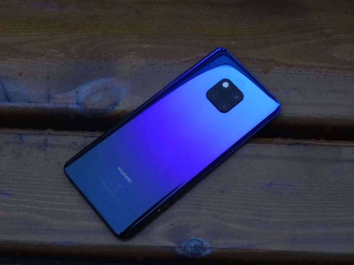 Ljusstyrkan ställer sig själv på Huawei Mate 20 Pro – trots att den inte ska det