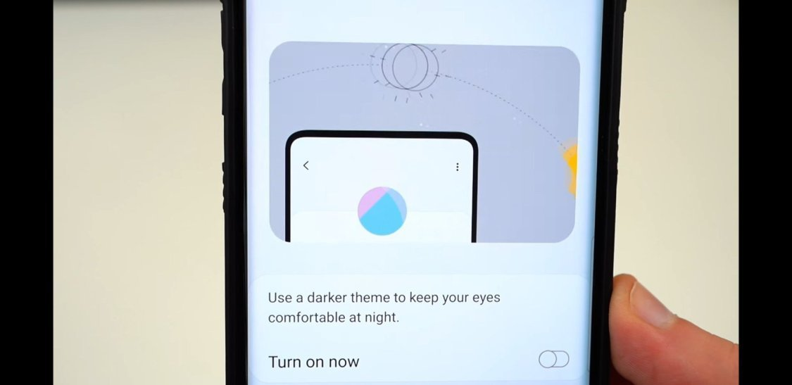 Du kommer kunna dölja kamerahålet på Samsung Galaxy S10