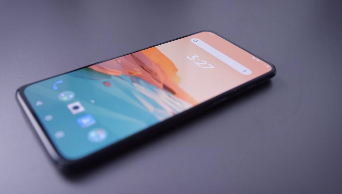 D2D tar en titt på OnePlus 7