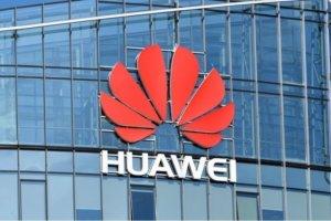 Huawei begränsas till utbyggnad av 5G-nät i England