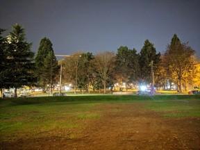 Felvétel a Pixel 3 automata és éjszakai (Night Sight) módjával