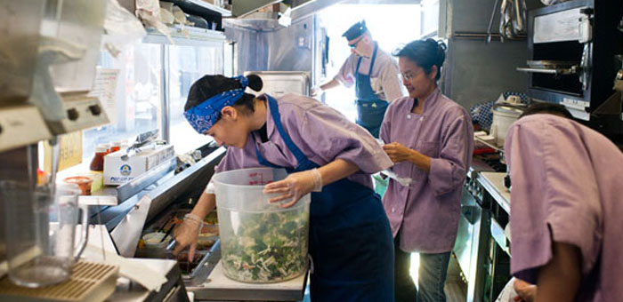 Four Traits Of Great Food Truck Employees  Mobile Cuisine