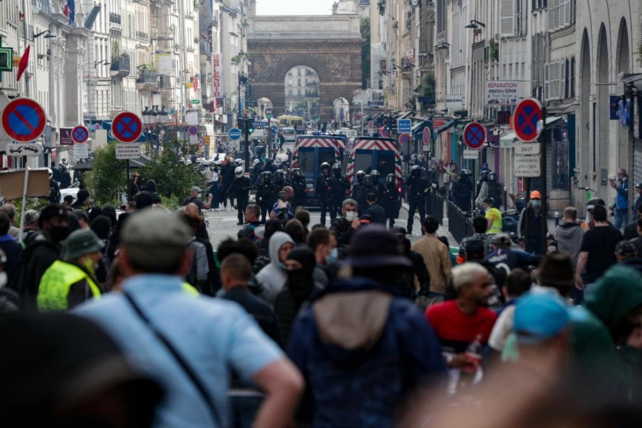 France   Des députés pro-passeport sanitaire menacés de mort