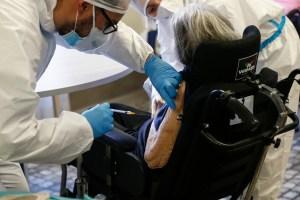Résidants et personnel  | La vaccination est terminée dans les CHSLD de la Montérégie