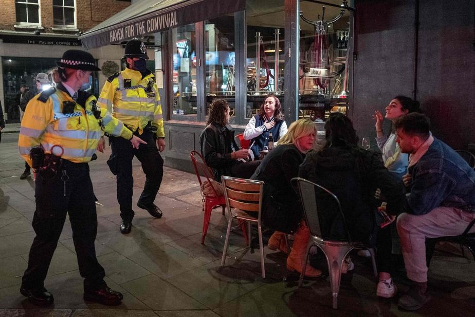Pubs de Londres | Le couvre-feu ne décourage pas les fêtards