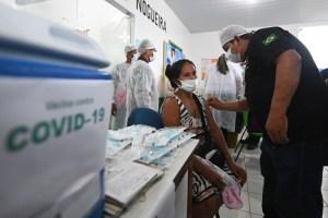 COVID-19 au Brésil | L'efficacité des vaccins remise en doute par Bolsonaro