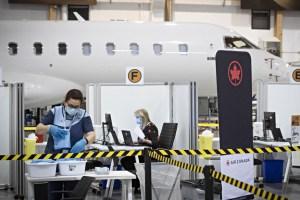 Dorval | Un centre de vaccination dans un hangar de Bombardier