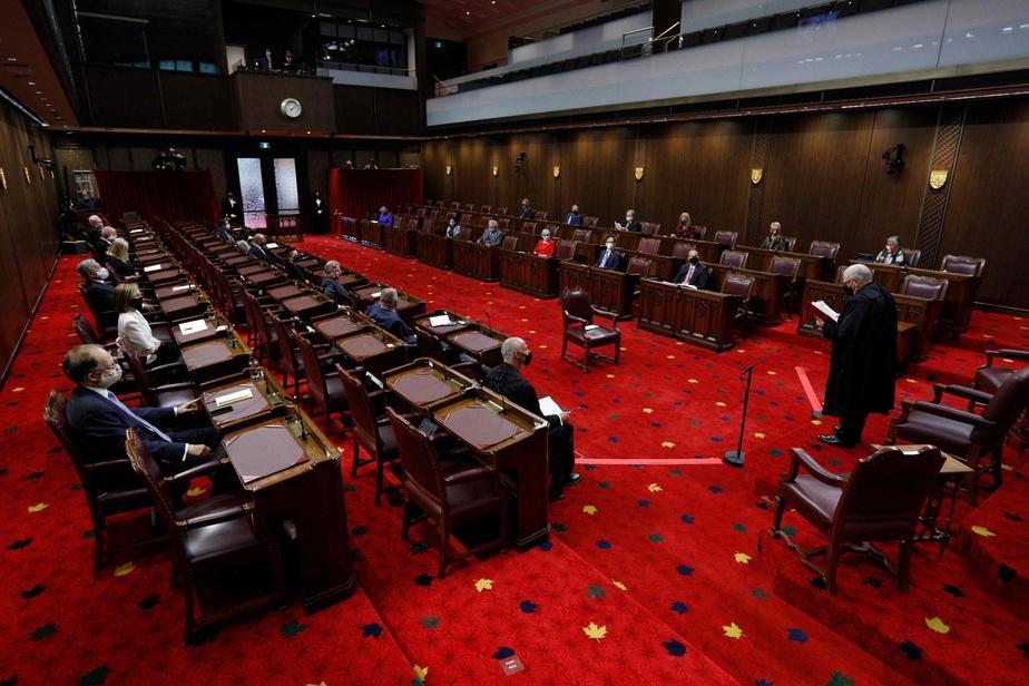 Loi de soutien aux travailleurs | Le projet de loi C-4 frappe un premier écueil au Sénat