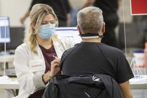 Travailleurs de la santé | Refuser le vaccin est irresponsable!