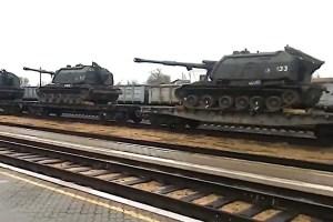 Merkel demande à la Russie de réduire ses troupes à la frontière ukrainienne