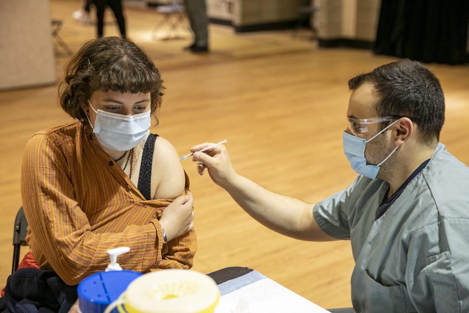 Vaccination | Les 18ans et plus peuvent maintenant devancer leur deuxième dose