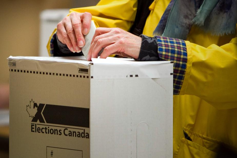 Élections Canada accélère les préparatifs pour un possible scrutin à l'automne