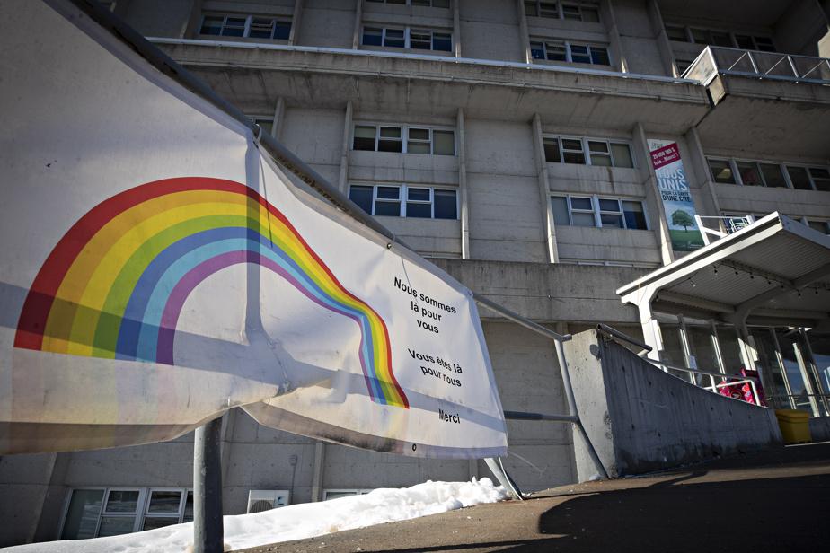 Enquête sur le CHSLD Sainte-Dorothée | Une préparation centrée sur les hôpitaux