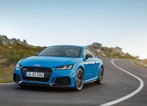 Das neue Audi TT RS Coupé und der neue Audi TT RS Roadster