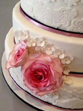 dreistöckige torte