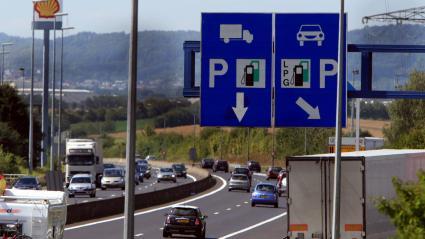 La station service de Berchem, au Luxembourg, est fréquentée par de nombreux frontaliers.