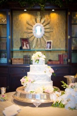 Flowers top wedding cake