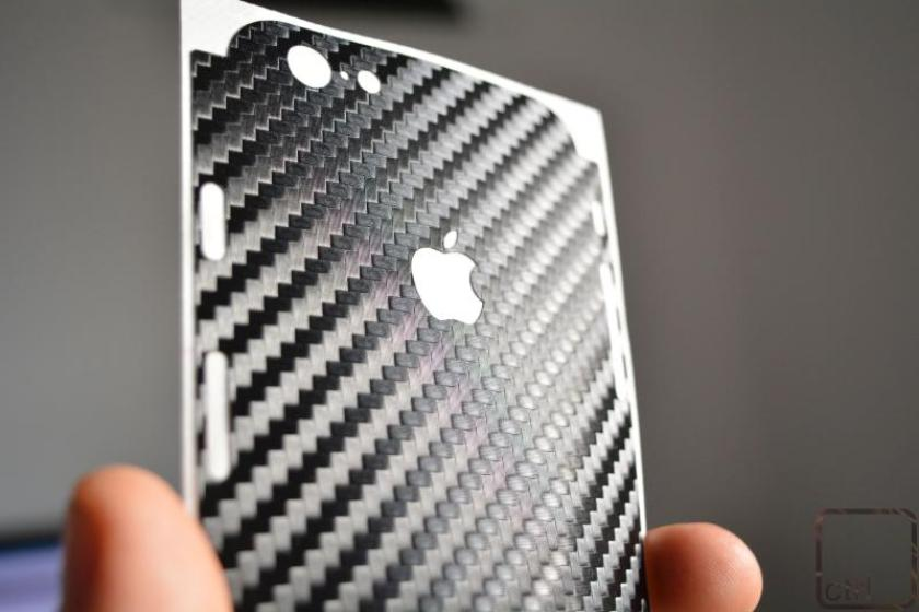 dbrand iphone (3)