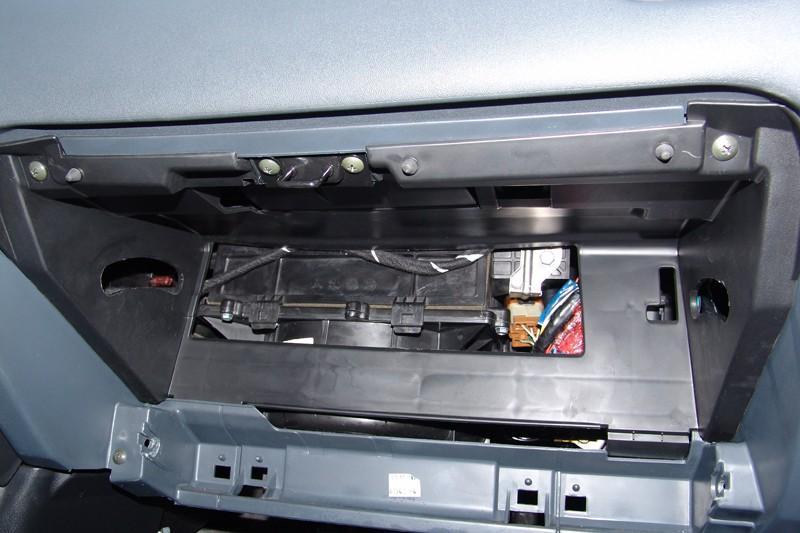 Эмулятор катализатора Nissan Almera 1.8 (2005)