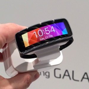 Samsung-SDI-reveals-curved-battery-for-wearables