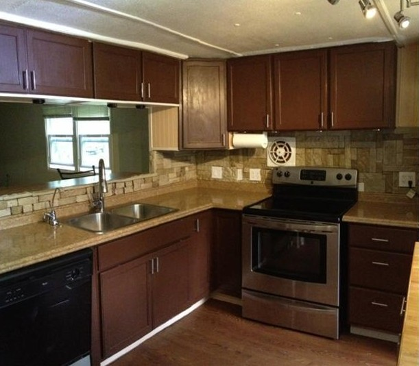 Property Brothers Two Tone Kitchen Cabinets: 1973 PMC Mobile Home Remodel