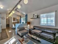 Modern Mobile Home Decor: Contemporary Mountain Chic