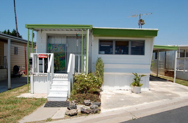 Beautiful-California-Mobile-Home-Park-81 Mobile Home Roof New Needs on new rv roof, rubber roofing flat roof, new barn roof, new camper roof, new garage roof, new residential roof, rubber membrane roof, new warehouse roof, travel trailer roof, new flat roof,