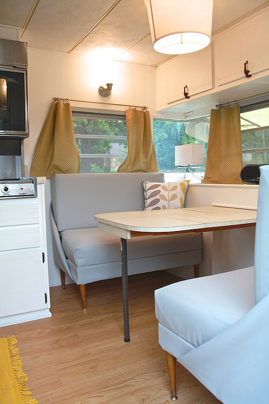 Cozy Vintage Camper Renovation Mobile Home Living
