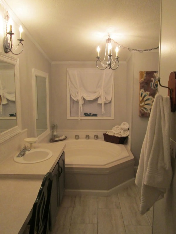 Mobile Home Bathroom Makeovers