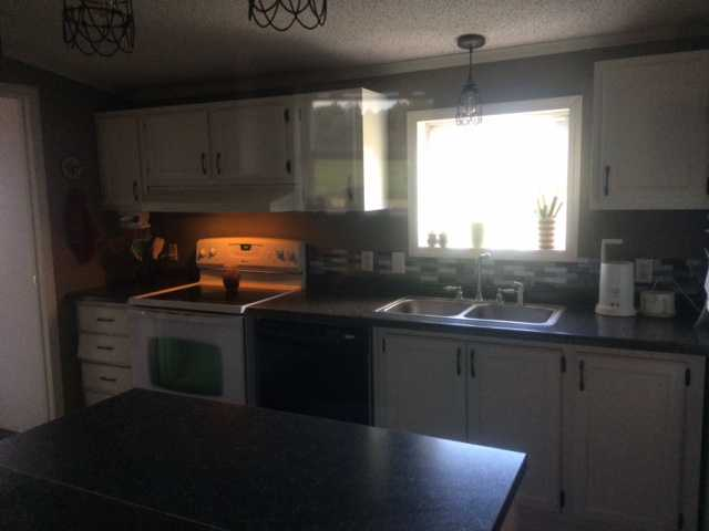 Charissas 600 Manufactured Home Kitchen Update  Mobile