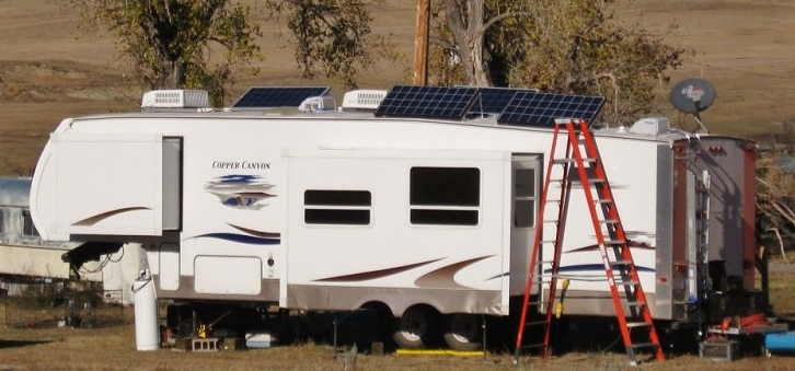 8 Simple Effective Tips for an RV Boondocking Solar Power System