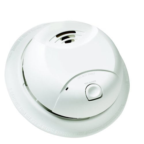 small resolution of first alert 10 year battery powered 3 volt smoke detector