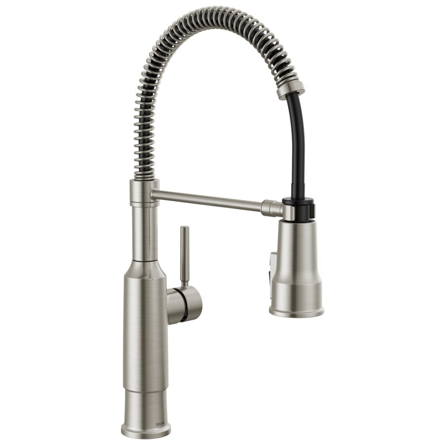 delta single handle pull down kitchen faucet with shieldspray technology