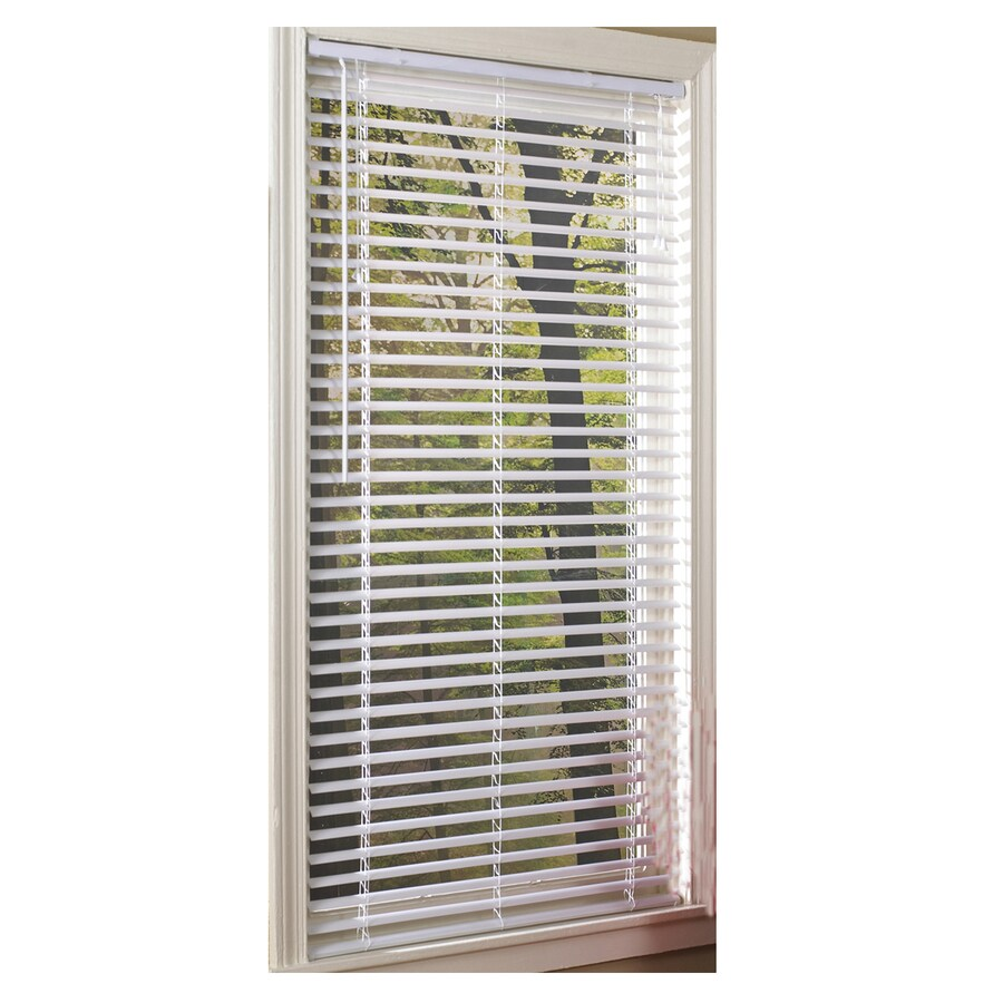 Project Source 1in White Vinyl Mini Blinds (common 27in