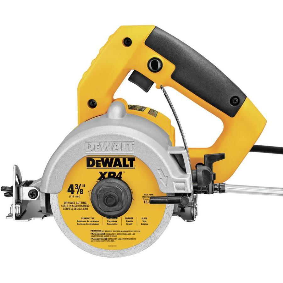 dewalt 4 375 in 10 8 amp wet handheld tile saw