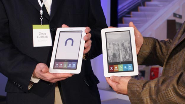 nookebook Barnes & Noble Nook More Popular Than Expected