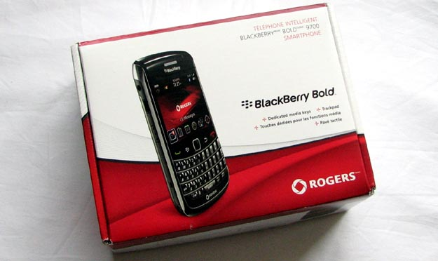 newbold-6 REVIEW - BlackBerry Bold 9700 from Rogers Wireless