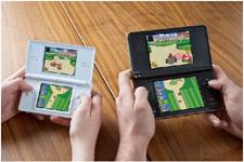 nintendo-dsi-xl-mini Nintendo DSi XL goes on sale March 5th in Europe