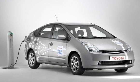 plug-in_prius  Manitoba among first to test Prius plug-in hybrid