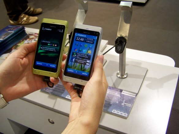 nokia-n8-handson-ifa-04 Nokia N8 hands-on, loads of pics at IFA
