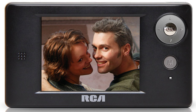 RCA_DMT336R-640 RCA first to release a true mobile TV experience